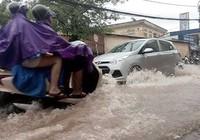 Bão số 3 tan, nhiều khu vực Hà Nội bị ngập sâu