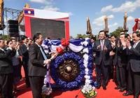 Tổng thống Obama sang Lào làm gì?
