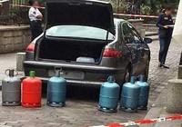Tấn công khủng bố bằng xe chở bình gas ở thủ đô Paris?