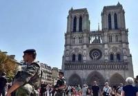 Ba nữ tặc khủng bố định đánh bom bình ga ở Paris