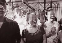 Đám tang và sự cười cợt trên nỗi đau