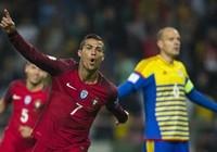 Ronaldo trở lại ghi 4 bàn cho Bồ Đào Nha