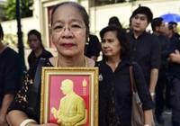 Thái Lan chưa từng trống ngôi vua