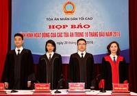 Ngày đầu tiên thẩm phán TAND Tối cao mặc áo thụng