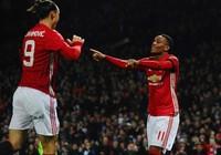 Tứ kết Cúp Liên đoàn: Không thầy Mourinho, MU thắng lớn