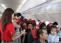 Trẻ dưới 2 tuổi bị khống chế số lượng ở mỗi chuyến bay