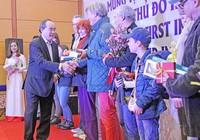 Hà Nội, TP.HCM đón khách quốc tế đầu tiên năm 2017