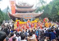 Ngày khai hội, chùa Hương đón 4 vạn du khách