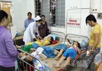 Hơn 100 HS tiểu học ở Vĩnh Long bị ngộ độc thực phẩm