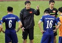 HLV Hữu Thắng vui và lo cho cầu thủ trẻ