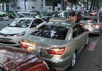 TP.HCM sẽ khống chế xe Grab, Uber
