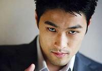 Johnny Trí Nguyễn bị tai nạn, xe 400 triệu đồng vỡ nát