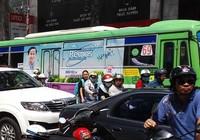 Quảng cáo trên xe buýt, ai được lợi?