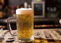 Bé gái bị xâm hại sau khi uống bia, rượu
