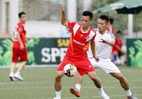 Tuyển thủ quốc gia, U-20 mê sân 'phủi'