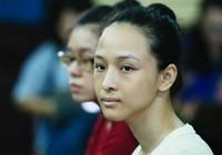 Hoa hậu Phương Nga im lặng trước tòa