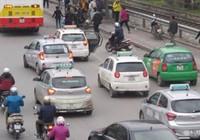 Chia taxi theo vùng là hạ sách!