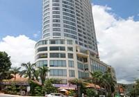 Khách sạn Bavico Nha Trang cãi lệnh cấm, vẫn đón khách
