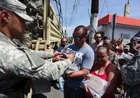 Ông Trump gặp sóng gió vì Puerto Rico