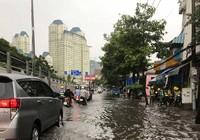 Không có bơm 'khủng', đường Nguyễn Hữu Cảnh thế nào?