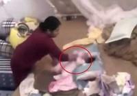 Bé gái hơn 1 tháng tuổi bị hành hạ dã man
