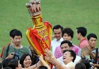 Vòng cuối V-League 2017: Cúp trong tay bầu Hiển