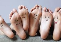 'Đọc'  bệnh trên đôi bàn chân