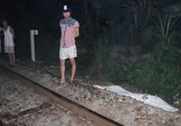 Cái chết thảm khốc của nam thanh niên nằm vắt ngang đường tàu
