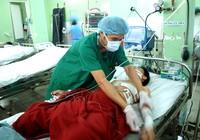 Cứu kịp thời bệnh nhân bị anh ruột đâm thủng tim