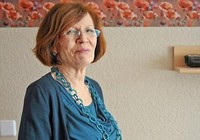 Cụ bà 65 tuổi có 13 con lại gây sốc khi mang thai bốn