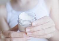 4 sản phẩm chăm sóc da nhất định phải dùng vào tuổi trung niên