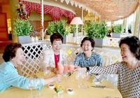 Phụ nữ Nhật chi tiêu rộng tay khi về già