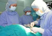 Coi chừng con trẻ bị thủng ruột- bàng quang