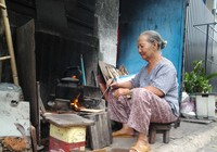 Bếp lửa giữ hồn quê nơi phố thị