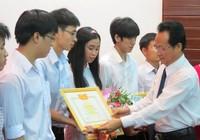 Đại học Huế tuyên dương 13 thủ khoa, sinh viên tiêu biểu