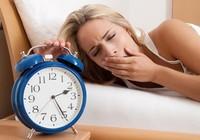 Đi ngủ muộn có thể làm tăng cân?