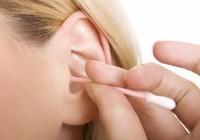 Lấy ráy tai đúng cách