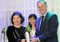 Bà Mai Kiều Liên nhận giải thưởng New Zealand ASEAN