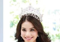 Hoa hậu Phạm Hương khoe vẻ đẹp trước ngày lên đường