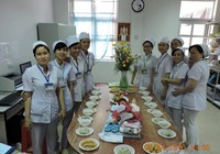 Bệnh viện tổ chức đầy tháng cho bé gái bị bỏ rơi