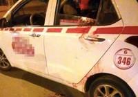 Cứu kịp thời tài xế taxi bị tấn công bằng dao