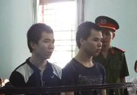 Hai anh em ruột chậm phát triển cùng hầu tòa vì hiếp dâm trẻ em