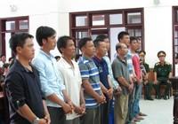 Bắt giữ bộ đội, công an, 10 thuyền trưởng bị phạt tù
