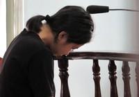 Đau xót: Cha đại diện bị hại, mẹ giám hộ cho bị cáo