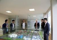 Doanh nghiệp Việt đầu tư làm nhà giá rẻ tại Mỹ