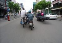 Góc ảnh: Cùng nhau phạm luật giao thông