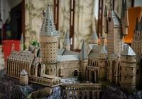 9x 'xây' trường Hogwarts đẹp từng milimet