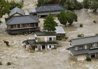 Những hình ảnh kinh hoàng về trận đại hồng thủy tại Nhật