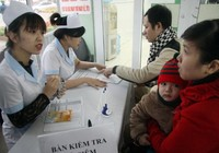 Đã bắt đầu tiêm vaccine đăng ký qua mạng