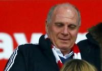 Giúp chủ tịch Bayern Uli Hoeness trốn thuế, ngân hàng bị vạ lây